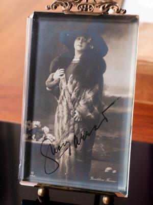 Geraldine Farrar Autographed Postcard