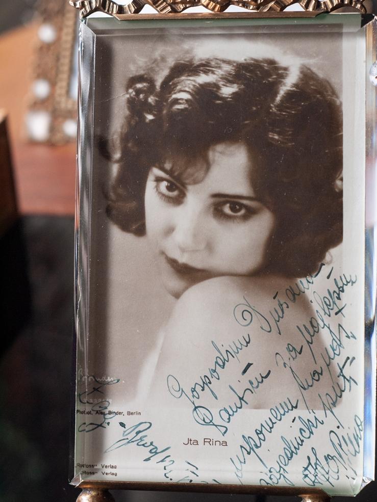 Ita Rina Autographed Postcard