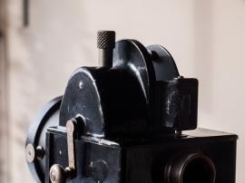 パテ・ベビー映写機 A型 03