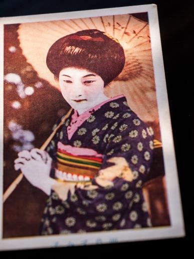 人気俳優ブロマイド(手彩色版、1920年代中頃)01