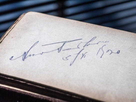 Anna Pavlova 1920 Autograph