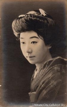 Kawada-Yoshiko (5)