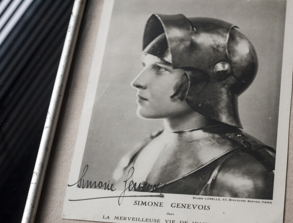 Simone Genevois c1930 Autographed Photo