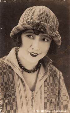 Takashima-Aiko (1)