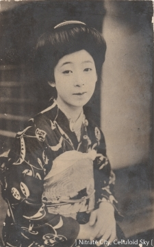 Umemura-Yoko (3)