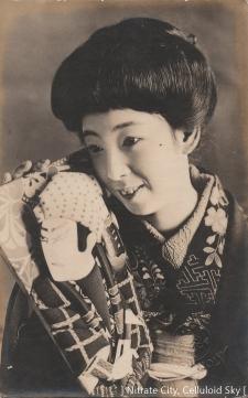 Umemura-Yoko (4)