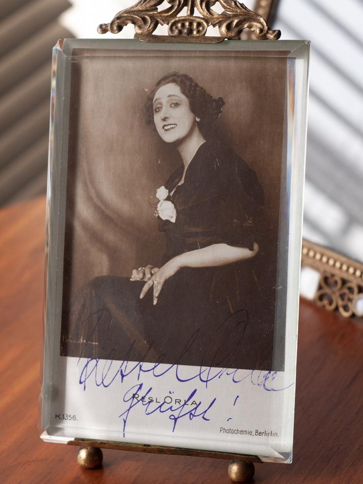 Ressel Orla Ressel Orla Autograph/Autogramm/Autographe/Autografo