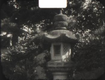 庭園の石灯篭
