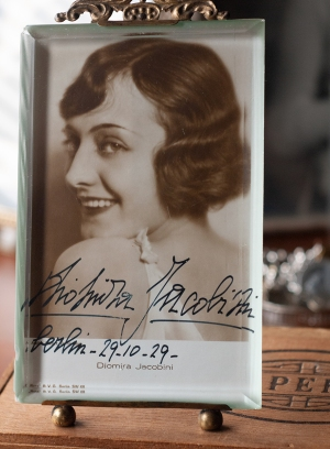 Diomira Jacobini 1929 Autographed Postcard