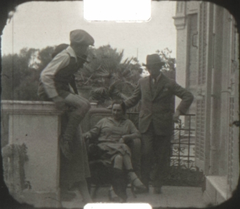 A Golestan (Iran 1926) 9.5mm home Movie 02