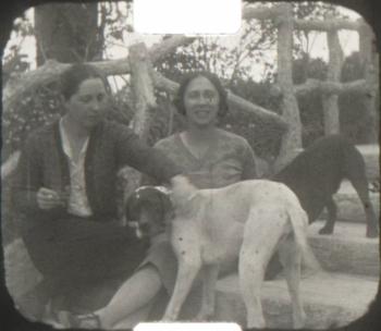 A Golestan (Iran 1926) 9.5mm home Movie 03