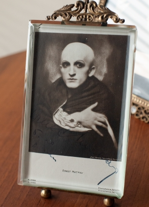 ernst-matray_1920-autographed-postcard-01