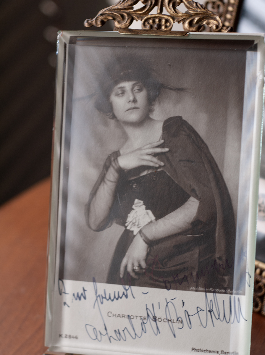 Charlotte Boecklin c1920 Autographed Postcard
