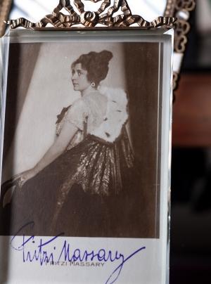 Fritzi Massary Autogrphed Postcard