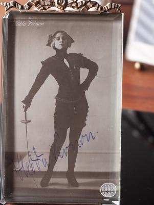 Hedda Vernon 1916 Autographed Postcard