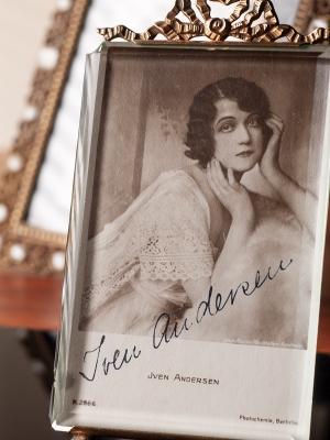 Iven Andersen c1920 Autographed Postrcard