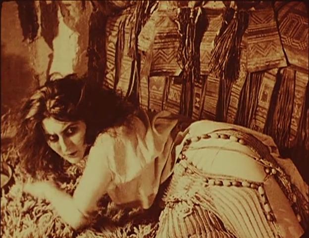 『女郎蜘蛛』(1921年)より