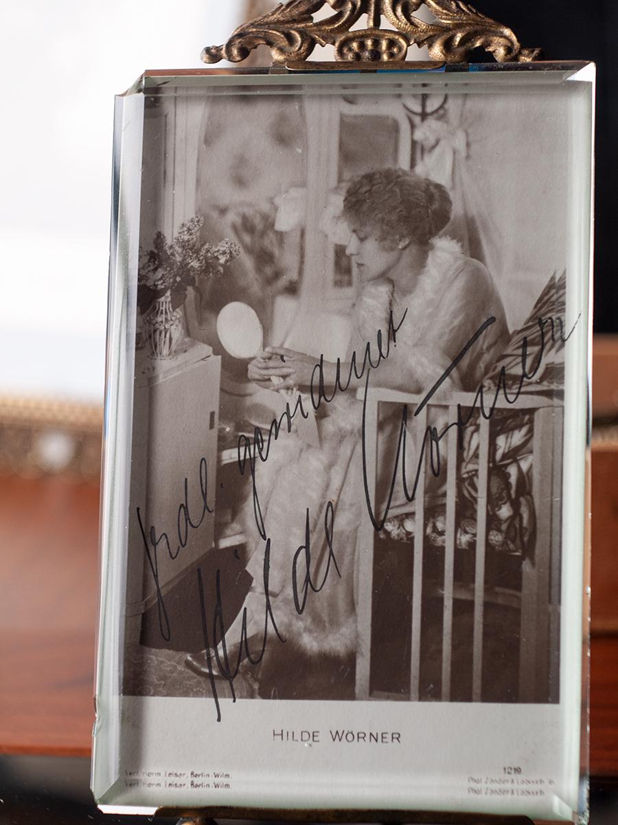 Hilde Wörner c1920 Autographed Postcard
