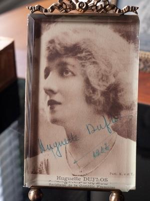 Huguette Duflos Autographed Postcard