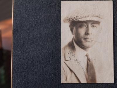 Moroguchi Tsuzuya 1920s Autographed Postcard