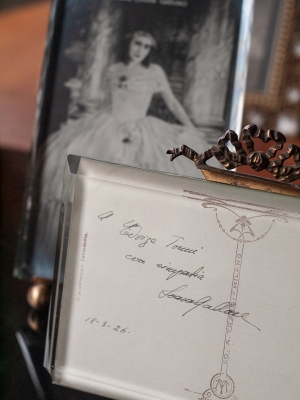 Soava Gallone Autographed Postcard 02