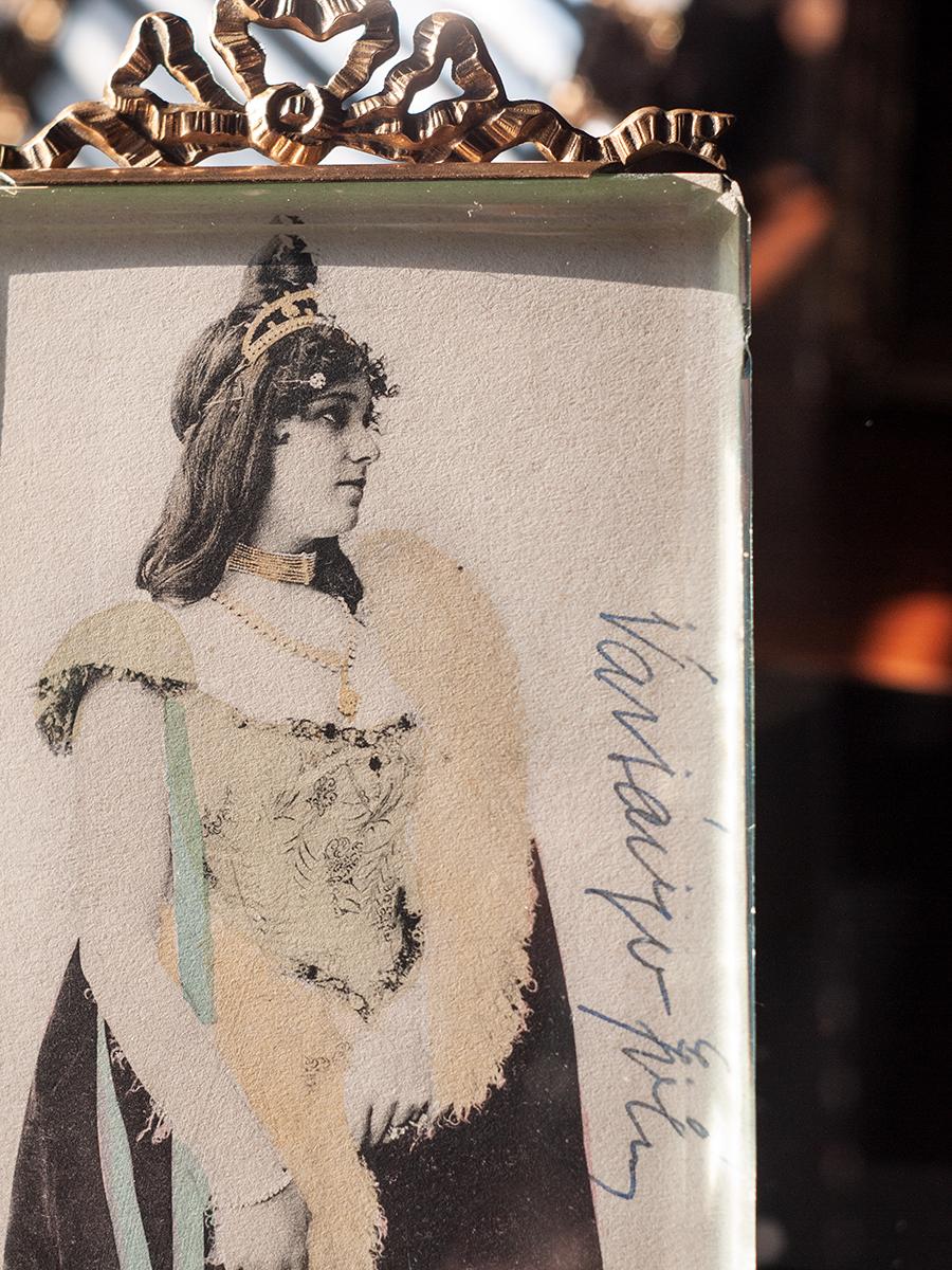 Varsányi Irén Autographed Postcard