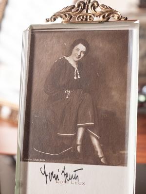 Lori Leux c1920 Autographed Postcard
