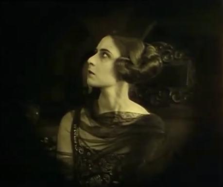 Margit Barnay in Alexandra (1922)