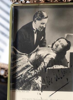 Pola Negri 1930s Autographed Postcard