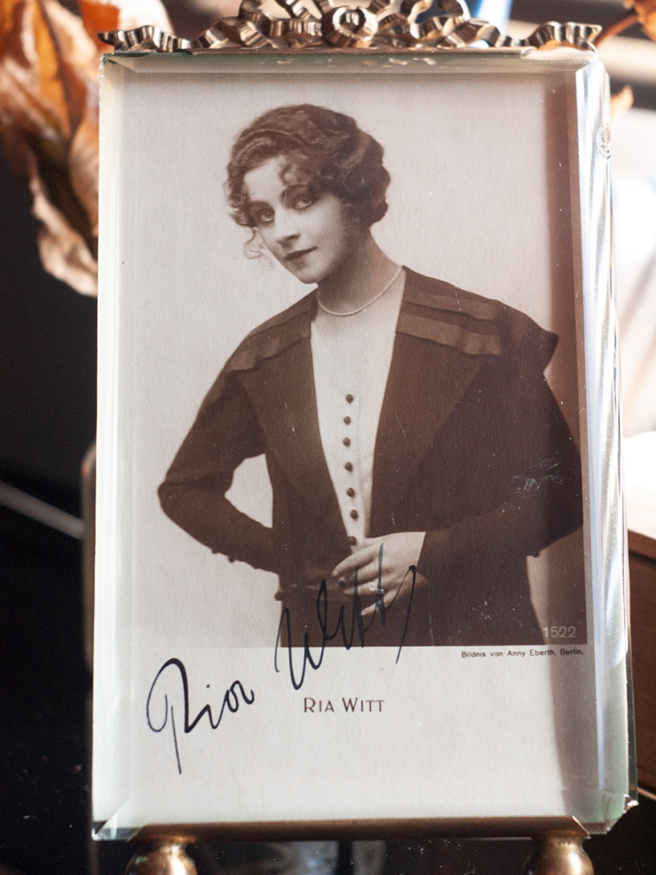 Ria Witt c1919 Autographed Postcard