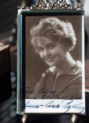 Anna-Lisa Ryding Autographed Postcard