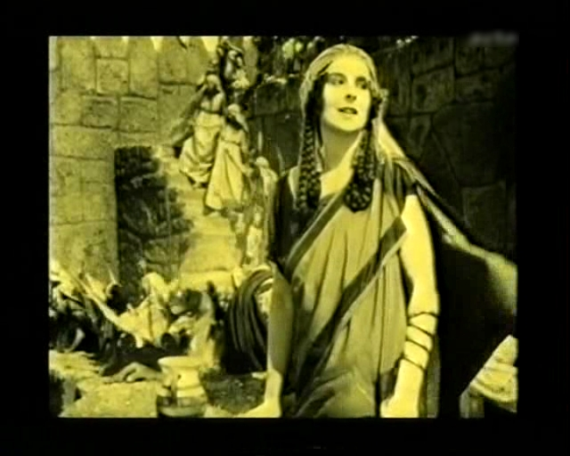 Hanna Ralph in Helena (1924)