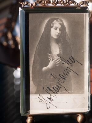 Hollay Camilla 1910s Autographed Postcard