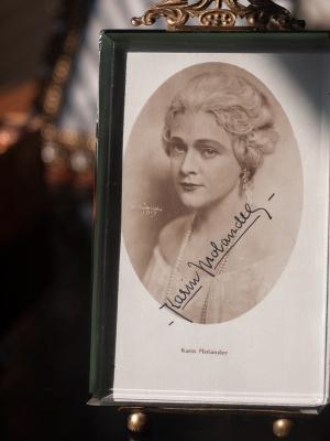 Karin Molander Autographed Postcard