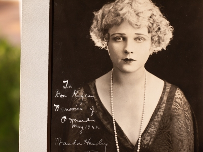 Wanda Hawley 1922 Inscribed Photo