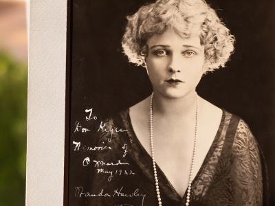 Wanda Hawley 1922 Inscribed Photo