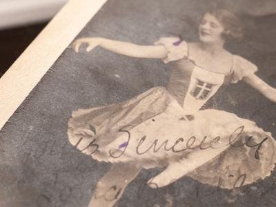 Lona Bartlett 1920 Autograph