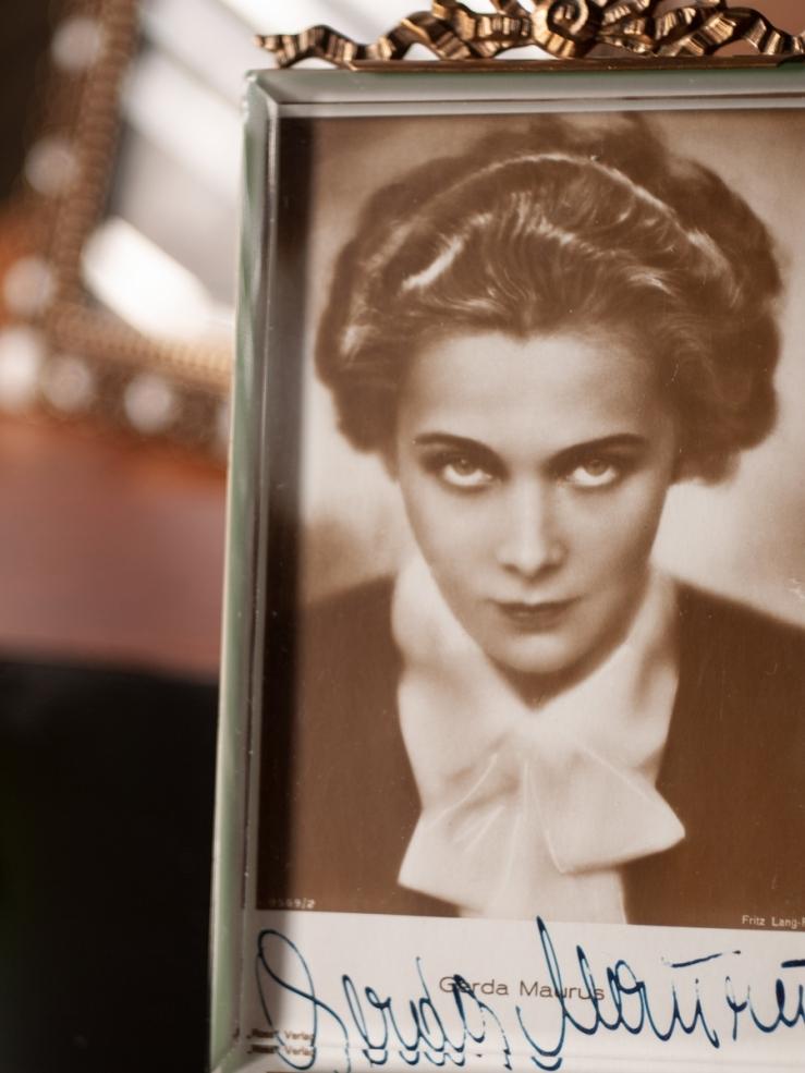 Gerda Maurus Autographed Postcard