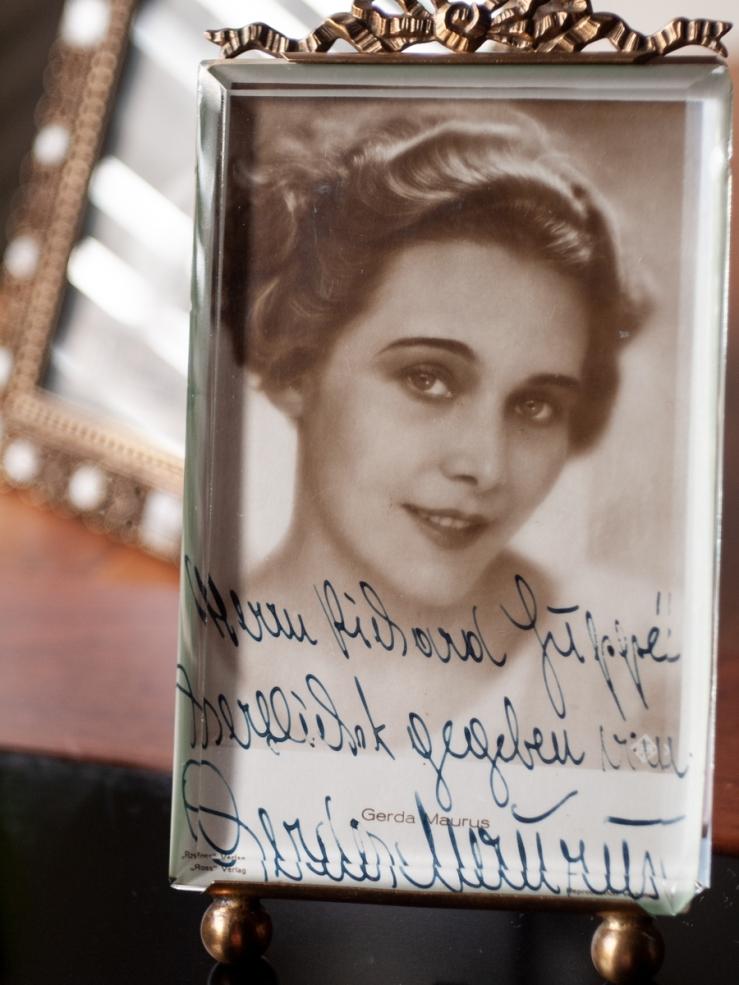 Gerda Maurus Autographed Postcard 2