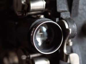 b&h-filmo-projector-02