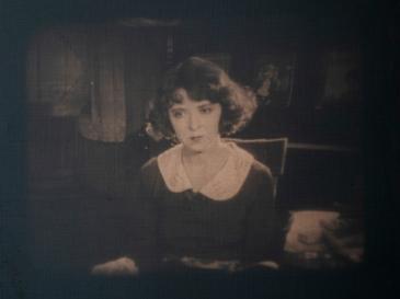 Broken Hearts of Broadway (1923)より