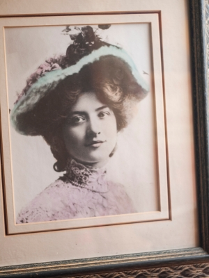 c1904-maude-fealy-hand-tinted-photograph-03