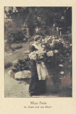 Mizzi Parla in Durch Leid zum Glück [Kinematographische Wochenschau, 1913]