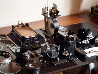 all-about-overhauling-pathe-baby-projector-00